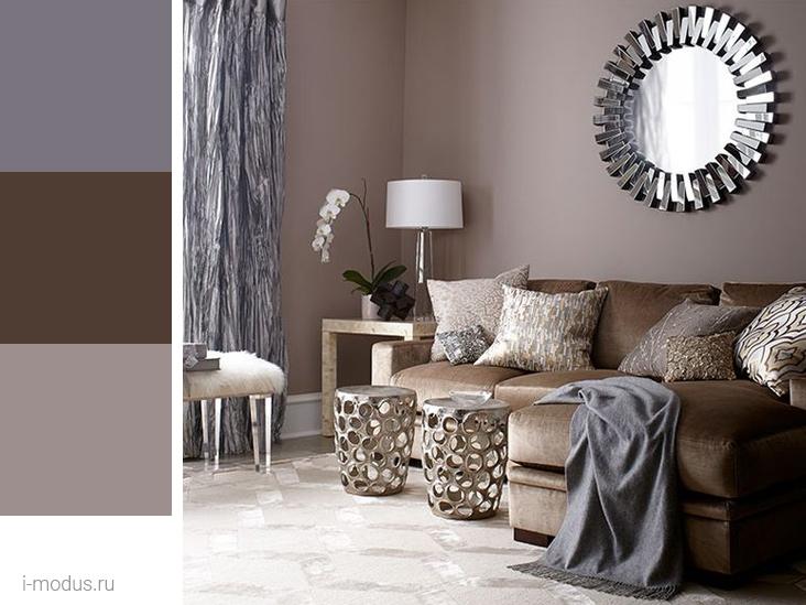 коричневый-диван-в-гостиной